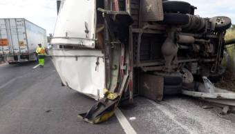 Choque en autopista Toluca-Atlacomulco deja un lesionado