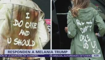 Actriz Jenna Ortega usa chamarra con mensaje para responder a Melania