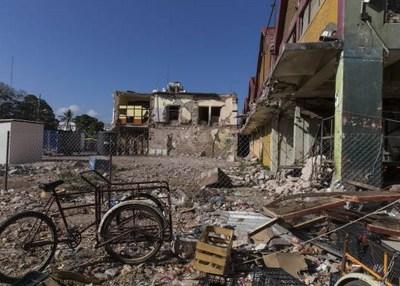 Familiares de víctimas de sismo en Chiapas reciben pensión vitalicia