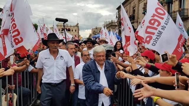 AMLO cierra campaña en Morelia acompañado de Mireles
