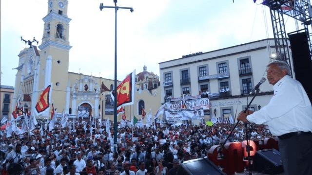 López Obrador anuncia cierre de campaña en el Estadio Azteca