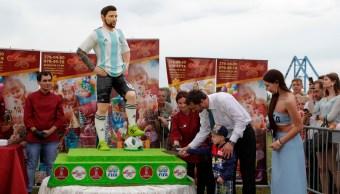 messi cumple años felicitacion argentina capitan