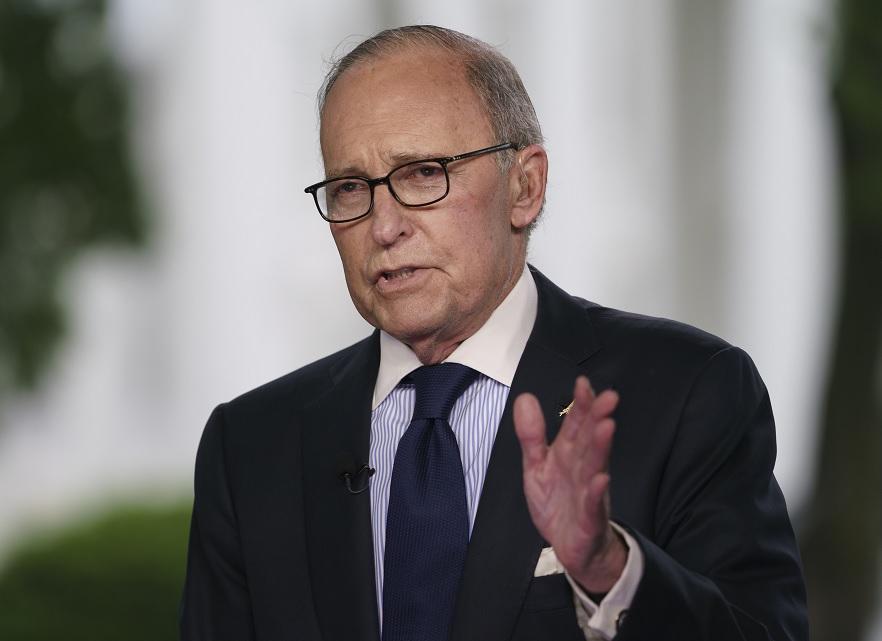 Asesor económico Trump esta buena condición sufrir infarto