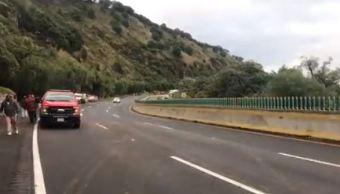 Reabren circulación en la autopista México-Cuernavaca tras derrumbe