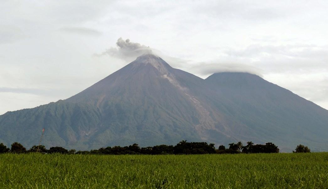 Autoridades guatemaltecas alerta volcánica demasiado tarde