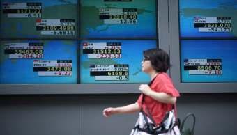Baja el índice Nikkei de Bolsa de Tokio, mercado desacelera