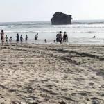 Huracán Bud se lleva restos del barco Betula en Michoacán