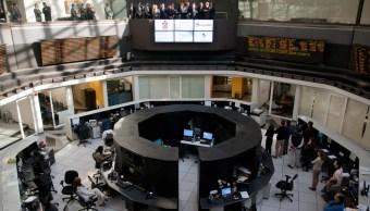 BMV recupera terreno, peso pierde ante dólar
