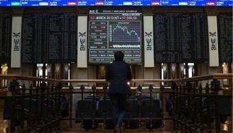 Bolsas europeas recortan pérdidas, cierran a la baja