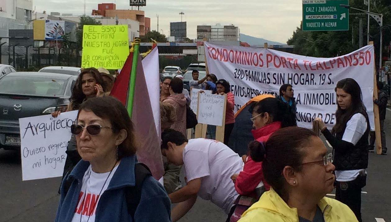 Damnificados del sismo del 19-S se manifiestan en Tlalpan