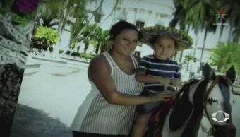 Deportan a madre guatemalteca su hijo