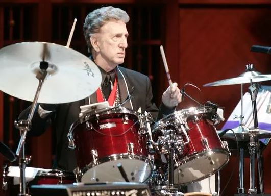 Muere D.J. Fontana, legendario baterista de Elvis Presley