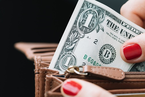 Peso se aprecia con moderación tras anuncio de la Fed