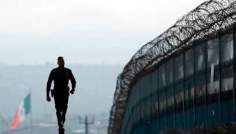 detienen pareja migrantes mexicanos base militar nueva york