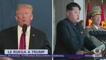 Giuliani dice que Kim Jong-un se arrodilló ante Trump