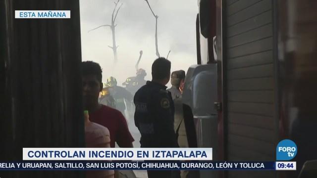 Vecinos Iztapalapa Relatan Incendio Maderería