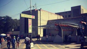 Investigan a policías por permitir robo de celulares en Balderas
