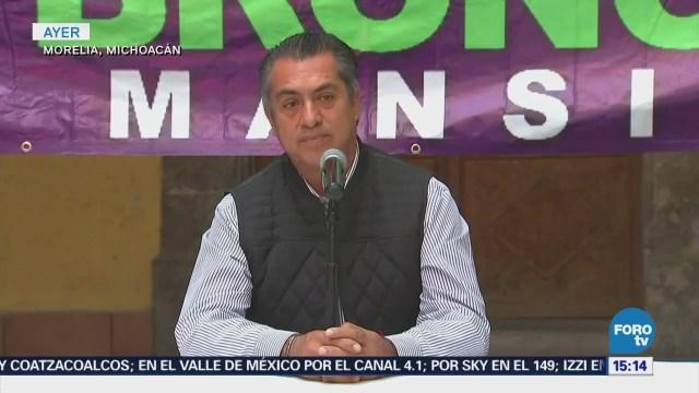 Jaime Rodríguez dialoga con universitarios de