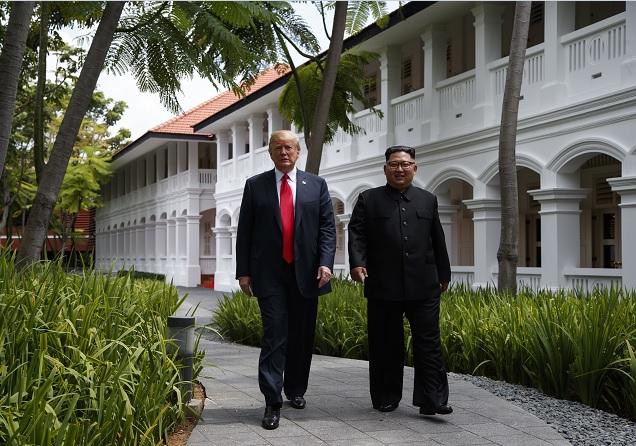 Kim y Trump acuerdan acciones paz y desnuclearización
