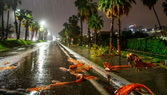 'Bud' se aleja de Los Cabos, BCS; levantan alerta roja