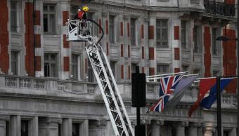 Casi 300 personas fueron evacuadas con éxito de hotel Londres