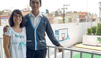 Estudiante de Puebla participará en Olimpiada Mundial de Químic