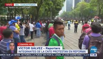 Manifestantes cierran Reforma en ambos sentidos