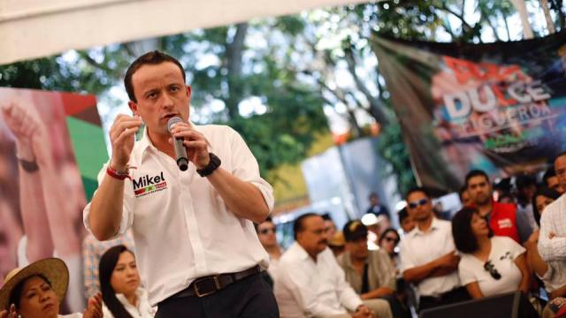 Arriola propone plan de vivienda ante la CNOP