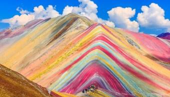 Minera canadiense cede concesión montaña Vinicunca Perú