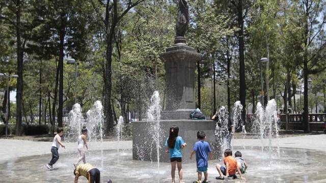 Continúa ola de calor; temperaturas 40 grados en 16 estados