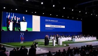 Peña Nieto aplaude elección de México como sede Mundial 2026