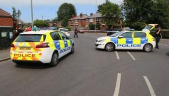 Cierran calles Manchester ataque machete, hay herido