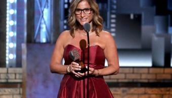 Profesora de Parkland es honrada en los Premios Tony