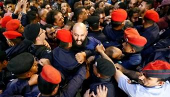 Rey de Jordania reemplaza primer ministro contener protestas