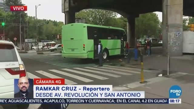 Reportan transito lento en avenida Revolución, CDMX