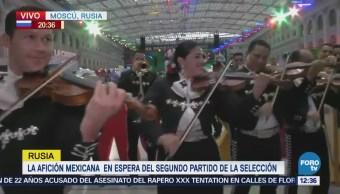 Serenata de mariachis alegra el centro de Moscú
