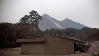 Volcán de Fuego sigue con explosiones