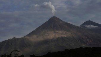 Volcán de Fuego aumenta actividad explosiva en Guatemala
