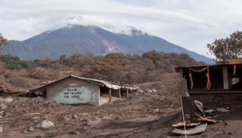 Nuevo lahar desciende del Volcán de Fuego de Guatemala