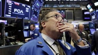 Wall Street cae cierre y Dow Jones pierde