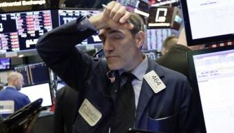 Wall Street cierra pérdidas y Dow Jones retrocede