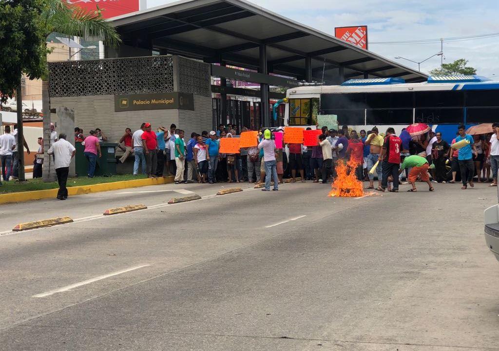 familiares reos anomalias penal bloqueos denuncia