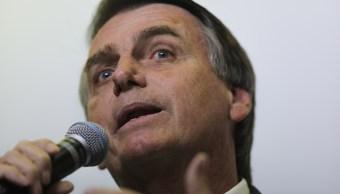 Ultraderechista Jair Bolsonaro asume candidatura en Brasil