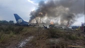 Cae avión comercial en aeropuerto de Durango.