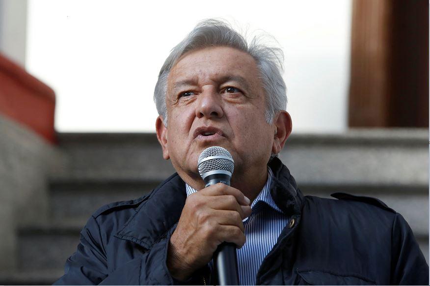 https://noticieros.televisa.com/ultimas-noticias/amlo-muestra-depositos-fideicomiso-damnificados-sismo/