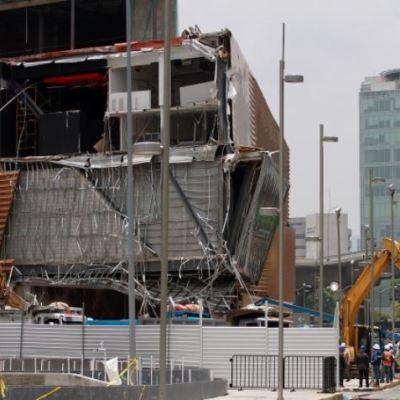 Empresas colaboran para esclarecer derrumbe en Plaza Artz