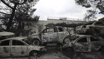 Suman 79 muertos por los incendios forestales en Grecia