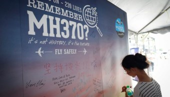 Renuncia funcionario malasio que inició búsqueda del MH370