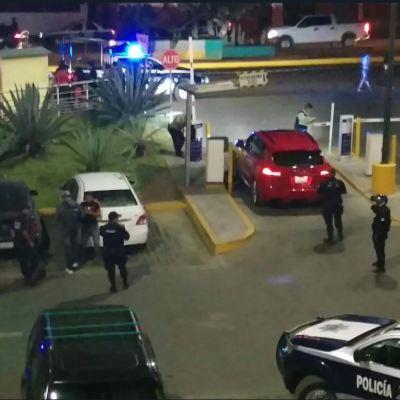 Balacera en centro comercial de Oaxaca deja un herido