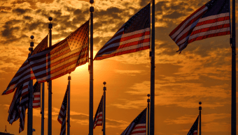 Trump elogia a héroes estadounidenses en 4 de julio